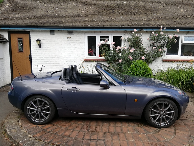 roof down side on